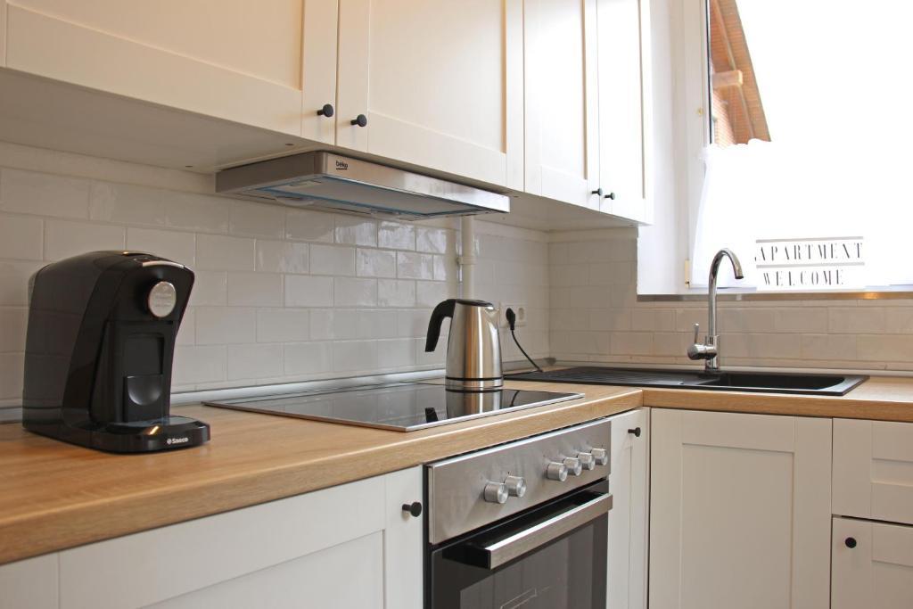 Moderne 1 Zimmer Wohnung Mit Terasse Kuche Bad Mit Dusche Tv Wifi Burgwedel Updated 2020 Prices