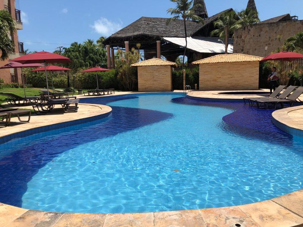 A piscina localizada em Lazer completo 2 quartos frente Parque Aquatico ou nos arredores