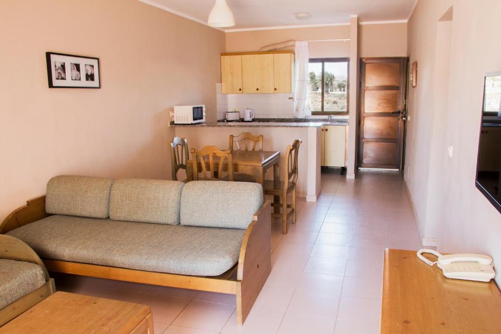 Apartamentos Tabaiba Lanzarote Paradise - Laterooms