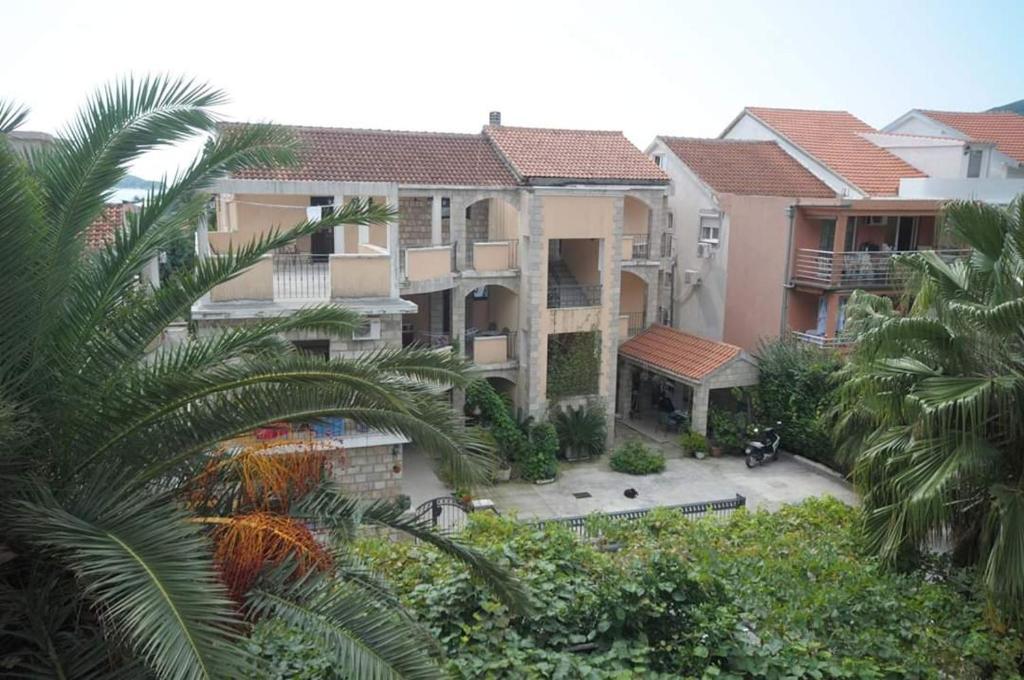 Черногория виллы будва налог на недвижимость франция
