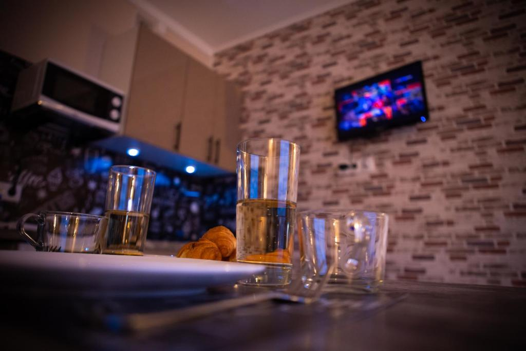 A television and/or entertainment centre at Elenasweethome Not far from airport Domodedovo