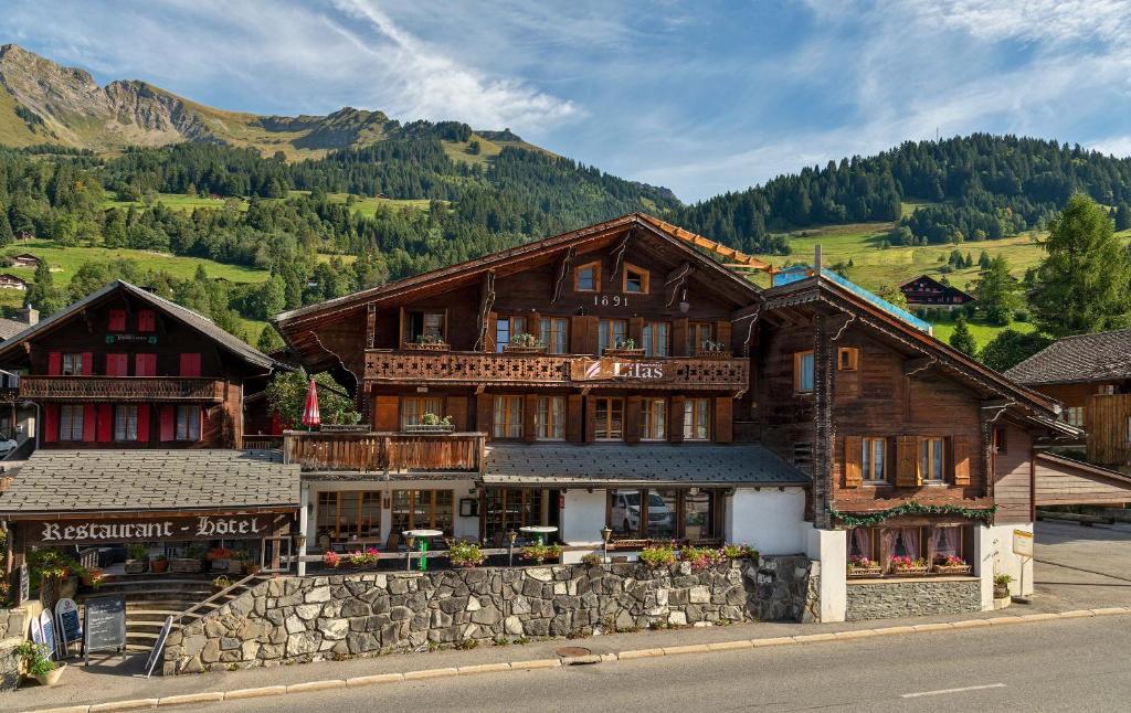 Hotel Restaurant Les Lilas Les Diablerets, Switzerland