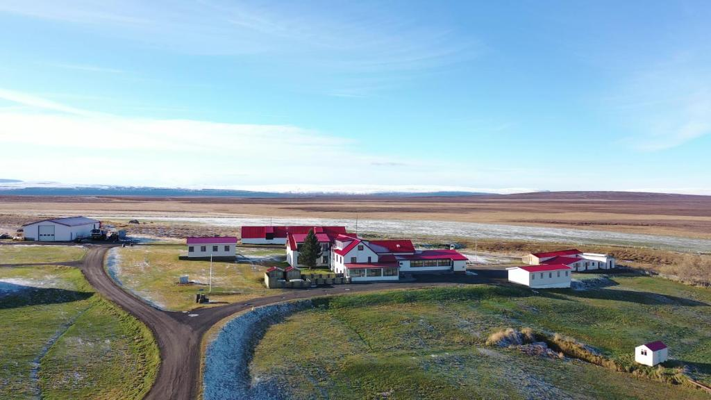A bird's-eye view of Guesthouse Stöng and Cottages