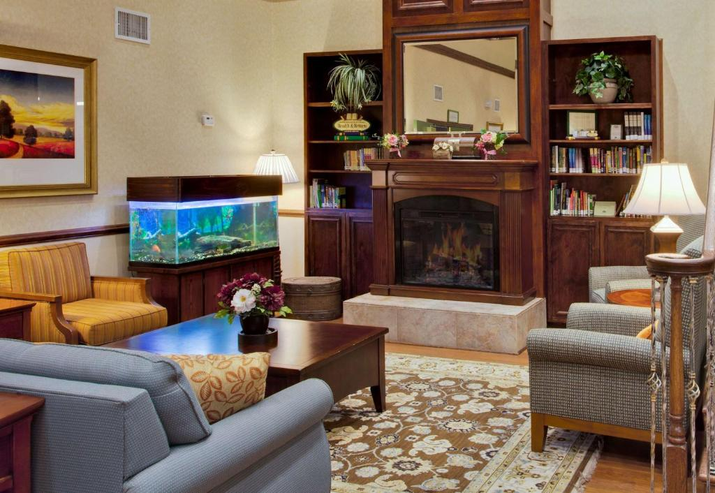 Country Inn & Suites by Radisson, Port Charlotte, FL