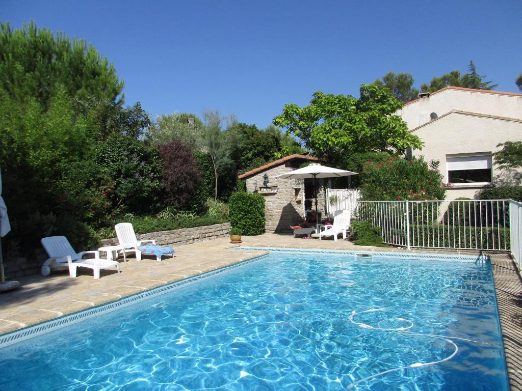 Hotels In Prades-le-lez