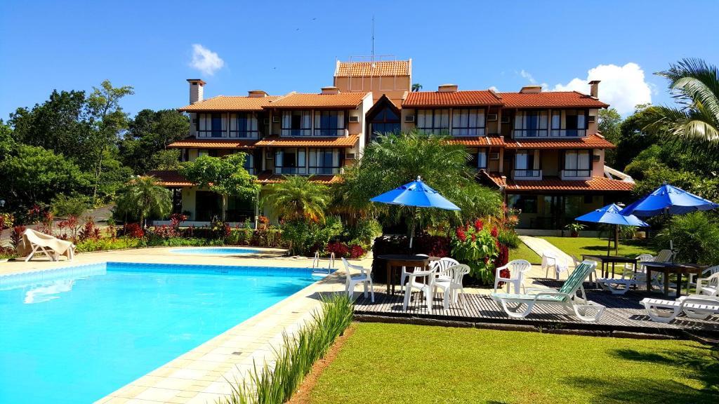 The swimming pool at or close to Ilha da Galé Tourist Hotel
