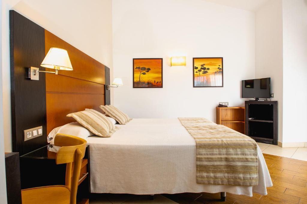 HL Miraflor Suites Hotel Playa del Ingles, Spain