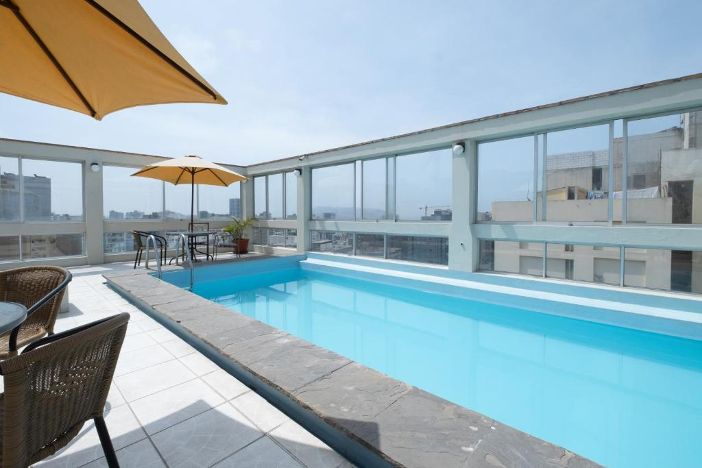 The swimming pool at or close to SimplyComfort, Premium Apt Great View&Location