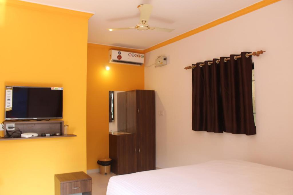 A television and/or entertainment centre at Calangute maryvaz