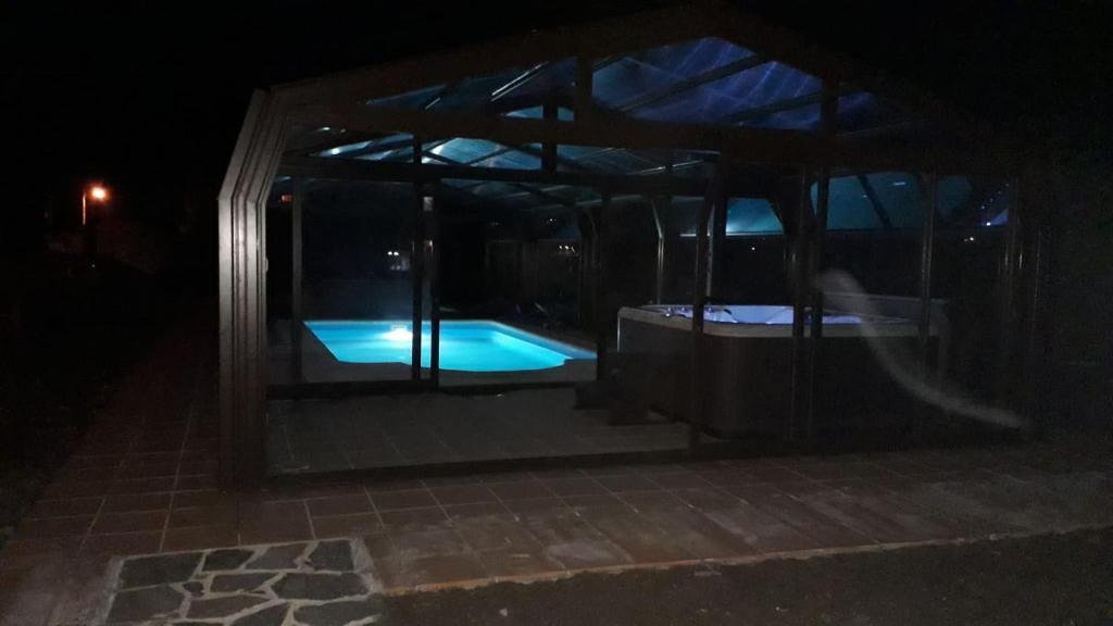 Der Swimmingpool an oder in der Nähe von Posada Real Pajares