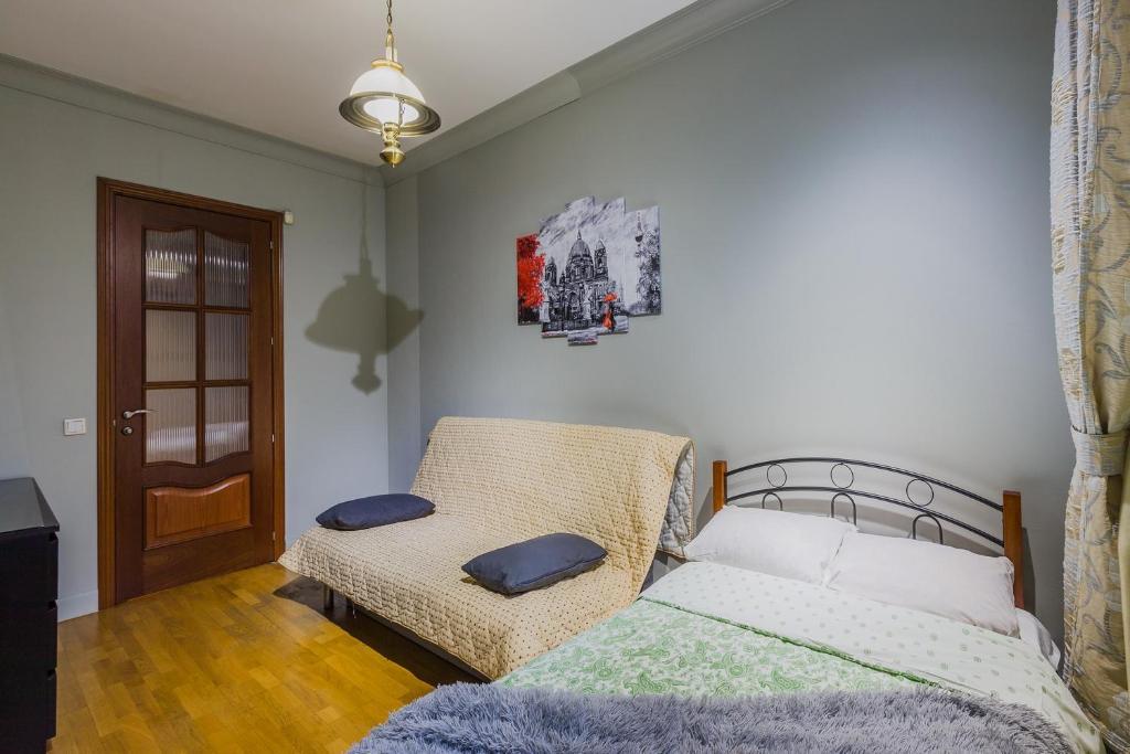 Citygroup 2 Bedroom Apartment Near The Tavrichesky Garden Saint Petersburg Russia Booking Com