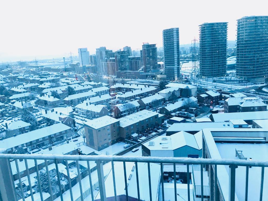 Luxury Lodge Excel London during the winter