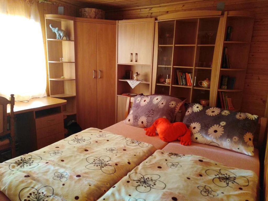 Postel nebo postele na pokoji v ubytování CHALUPA OSTRAVICE
