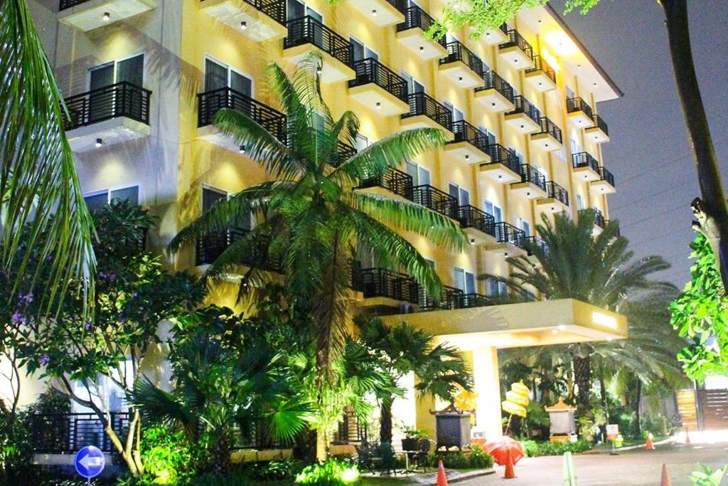 Narita Classic Hotel Tangerang Tangerang Booking Com