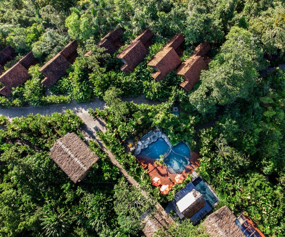 A bird's-eye view of Amor Arenal (Adults Only)