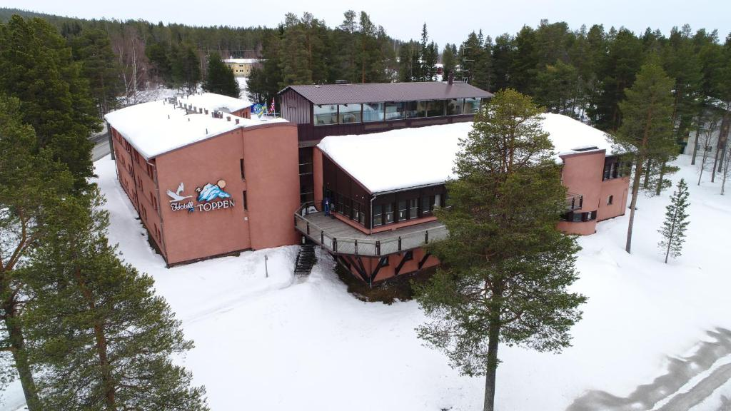 A bird's-eye view of Hotell Toppen