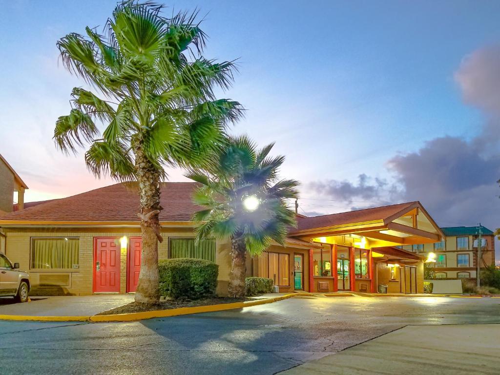 Hobby Airport Inn.