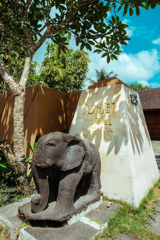 Bed And Breakfast Sunset Hill Ubud Indonesia Booking Com