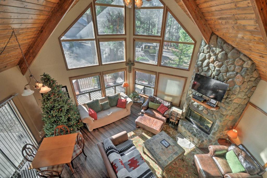 Cabin with Wraparound Porch - 20 Mins from Flagstaff!