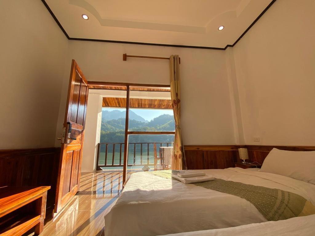 Cama o camas de una habitación en Sabaidee Nongkiaw River View