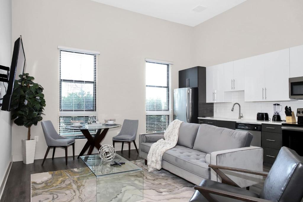 1 Bedroom Midtown Suite With Self Check In Free Parking Top Pick Atlanta Updated 2021 Prices