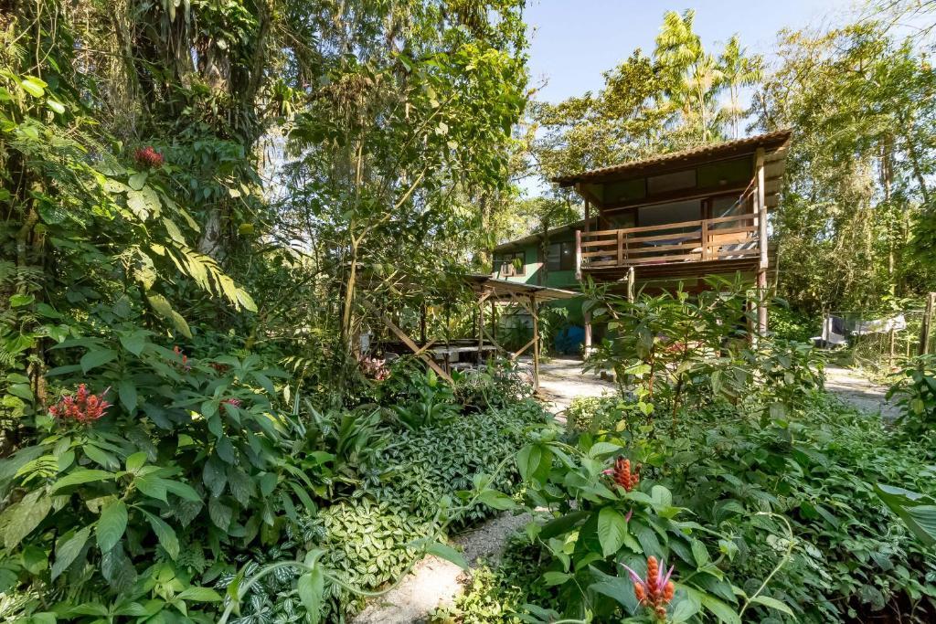 Hostel e Camping Rio das Pedras