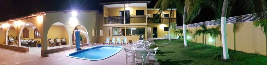 The swimming pool at or close to Pousada Gamela do Maragogi