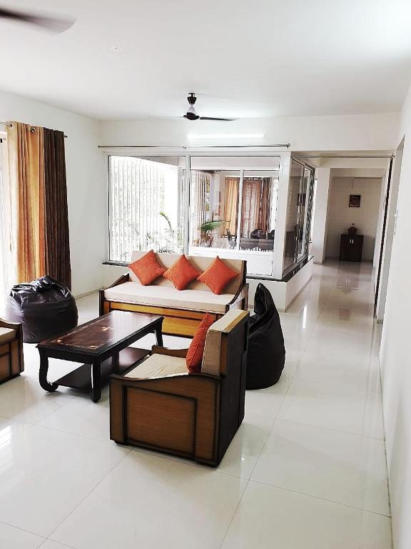 Apartment Aashraya Home Away From Home Nashik India Booking Com