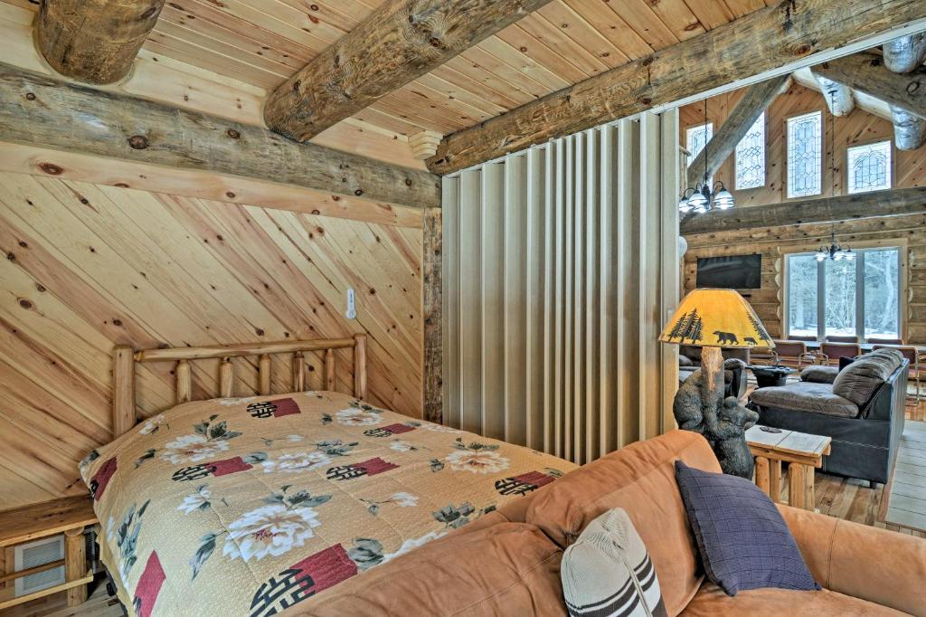 Custom Log Cabin with Deck & 45 Acres by Pine River!