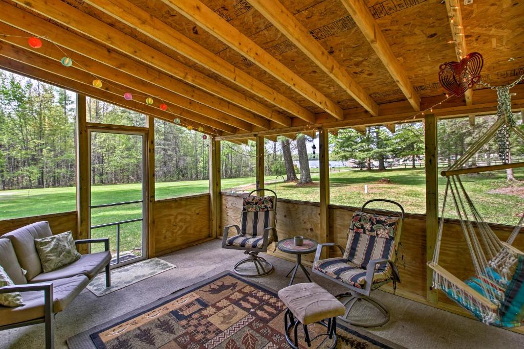 Rustic Cloquet Home With 3 Season Porch And Fire Pit Cloquet Updated 2021 Prices