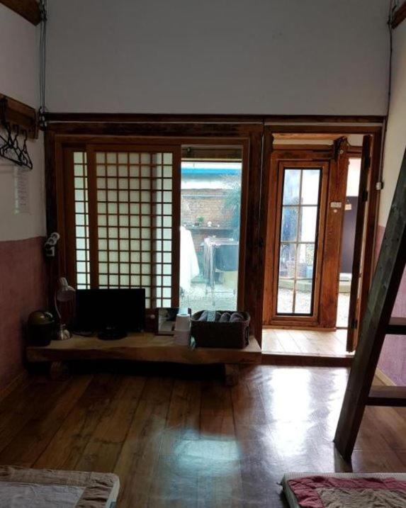 Hanok Story Guesthouse