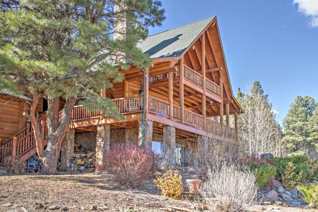 Rustic Cabin with Decks, Alpine Views & Pool Table!