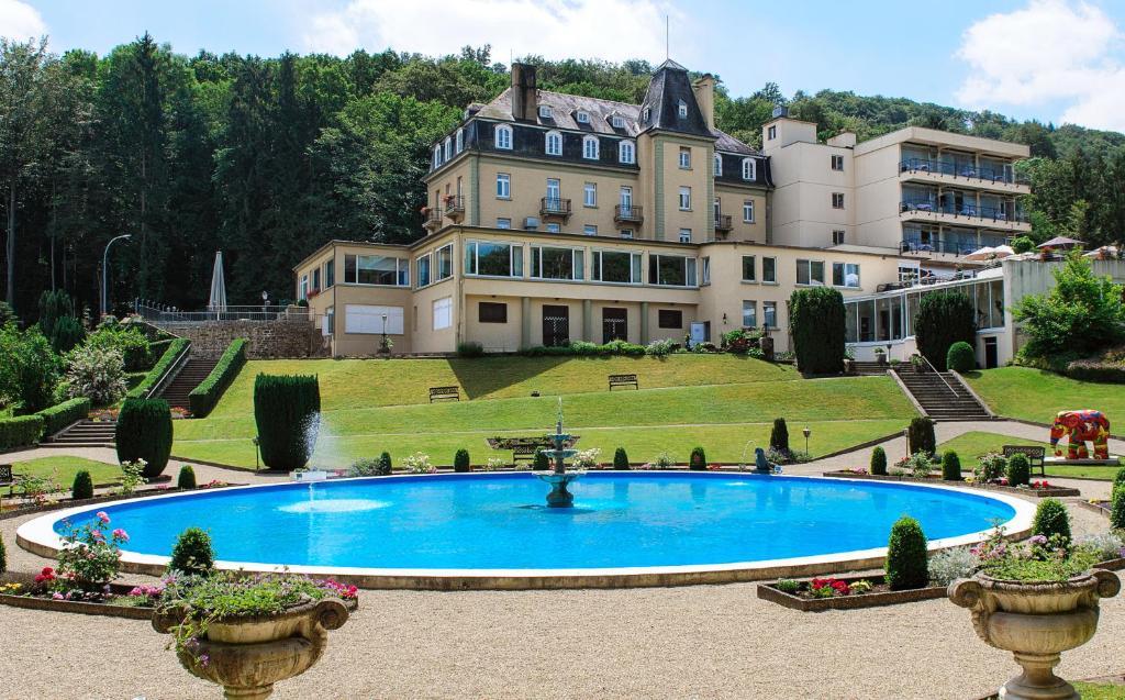 Der Swimmingpool an oder in der Nähe von Hotel Bel Air Sport & Wellness