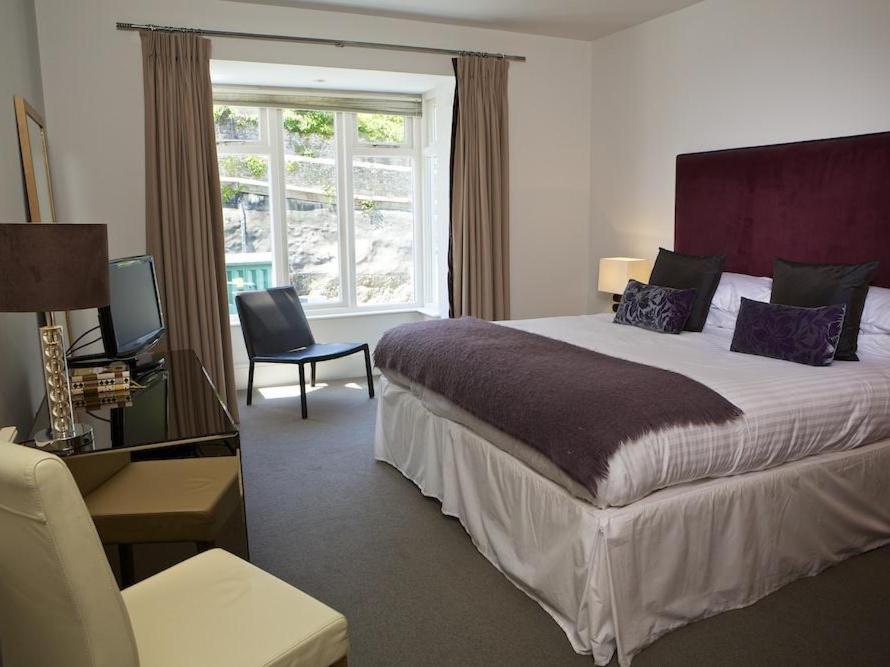 Dart Marina Hotel - Laterooms