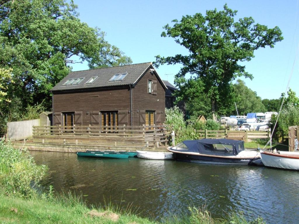 The Boathouse - Laterooms