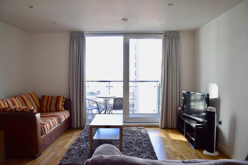 Modern And Cosy West London One Bedroom Apartment Brentford Uk Booking Com
