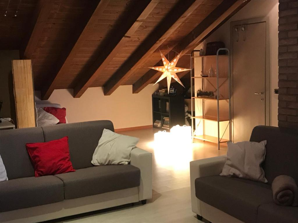 Apartment Mansarda Open Space Limbiate Italy Booking Com