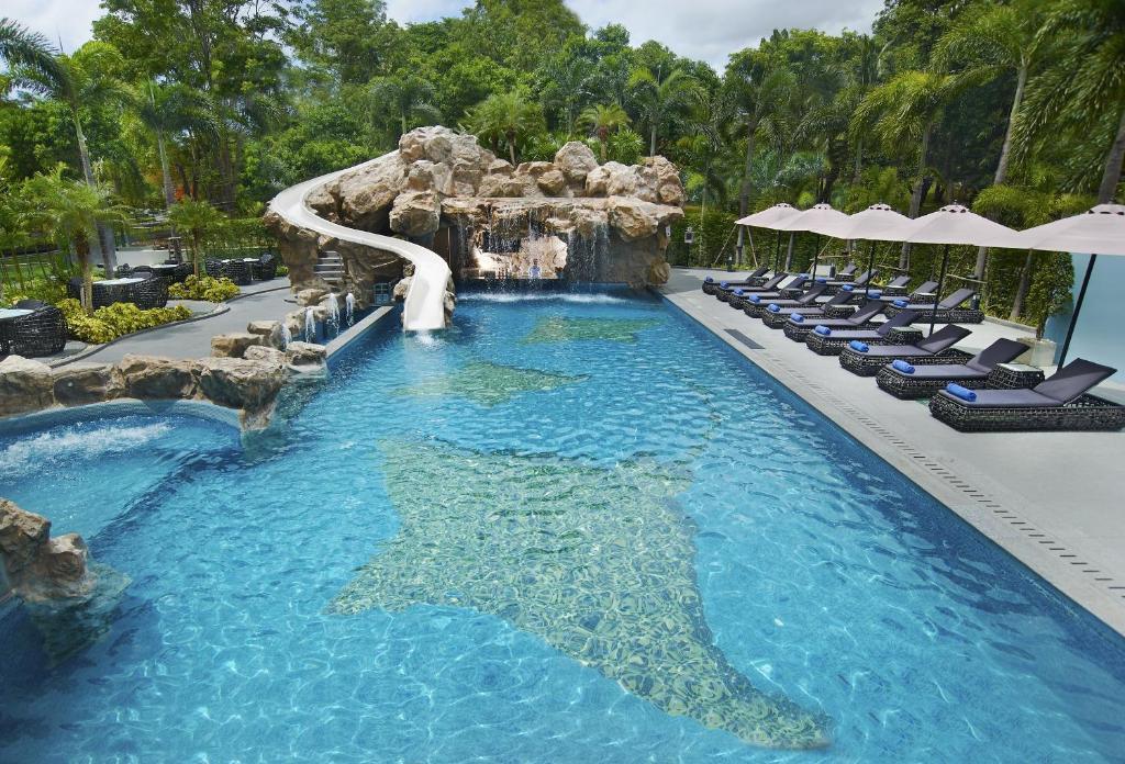 The swimming pool at or near Amari Residences Pattaya