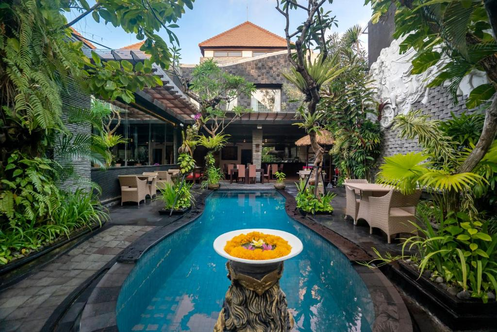 The swimming pool at or close to The Bali Dream Villa Seminyak