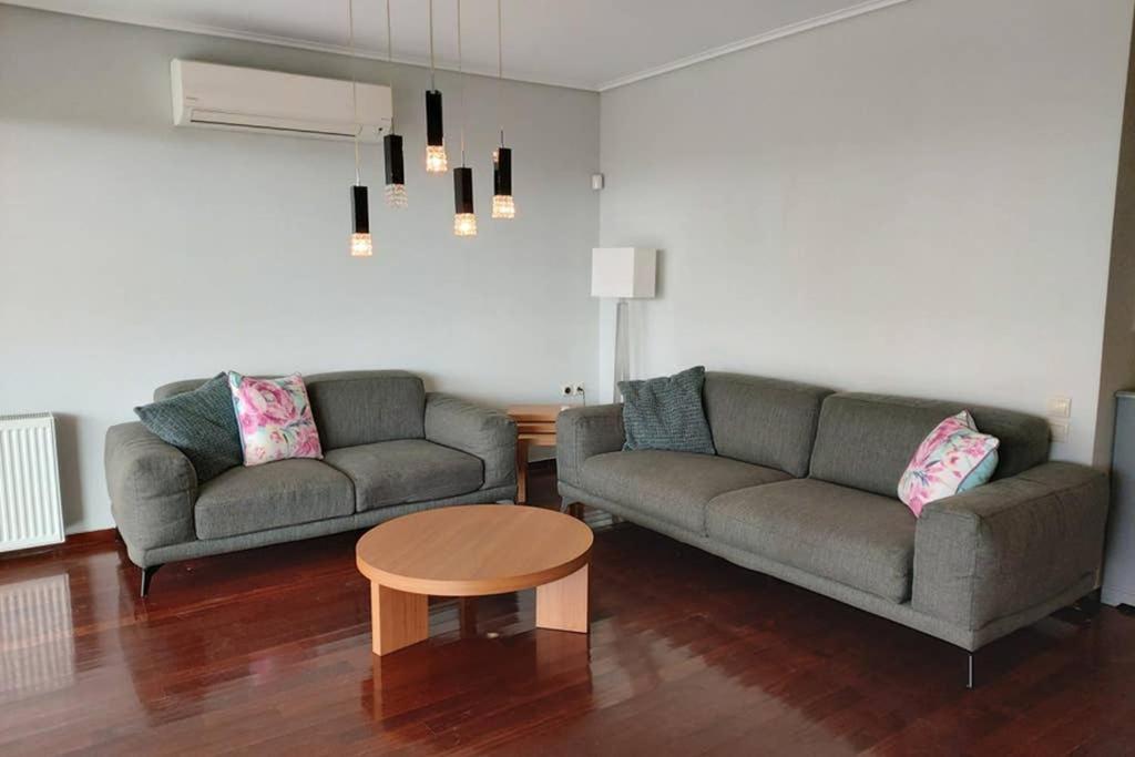 Luxury beachfront 3 bedroom apartment in Kavouri beach, Athens