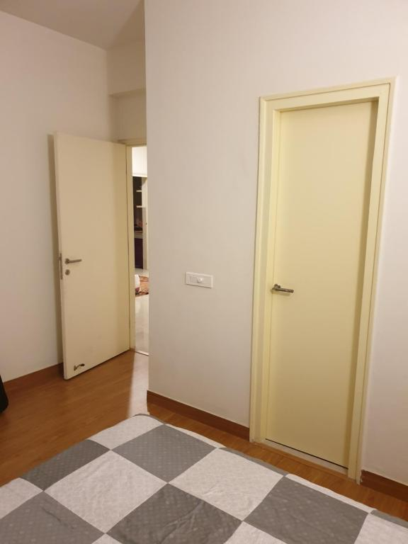 Private Room in a 3BHK