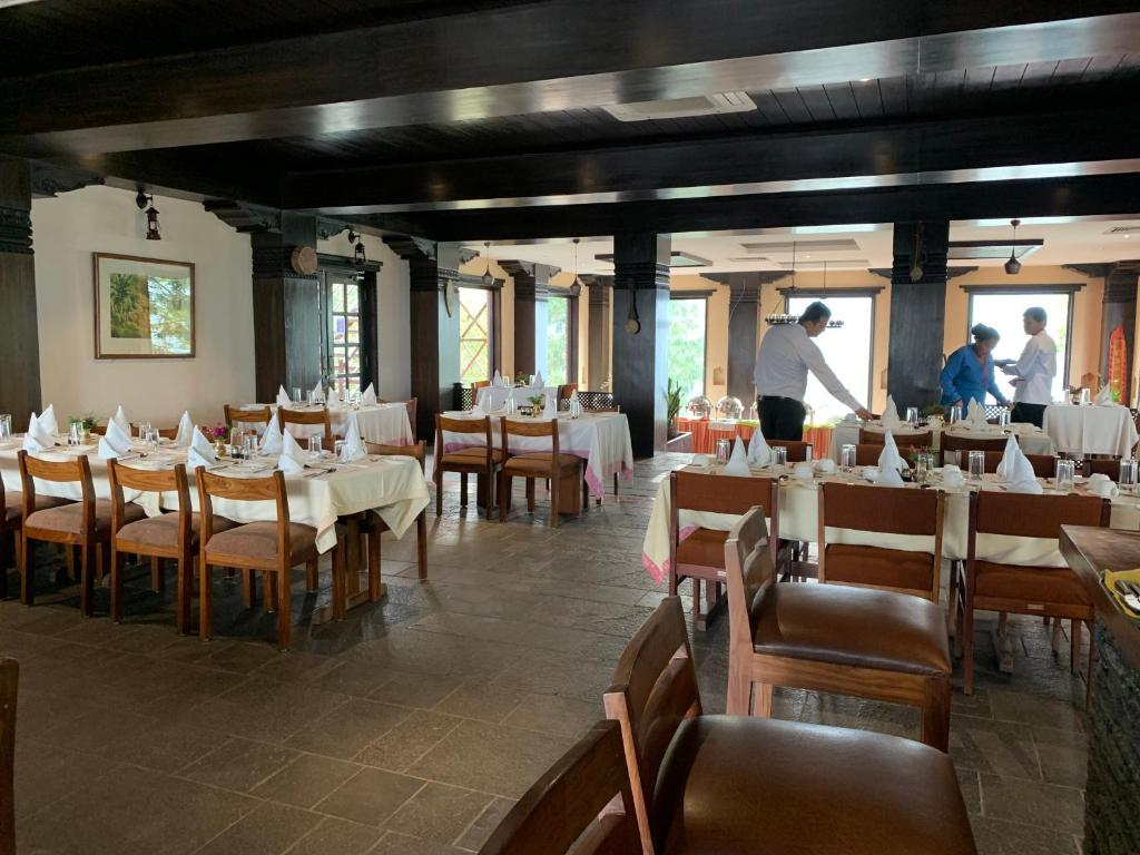 A restaurant or other place to eat at Dhulikhel Mountain Resort