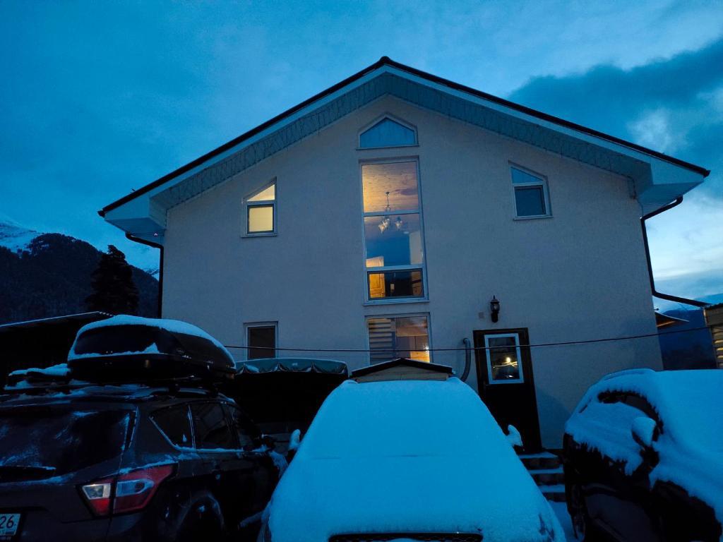Гостевой дом Благодарный Архыз зимой
