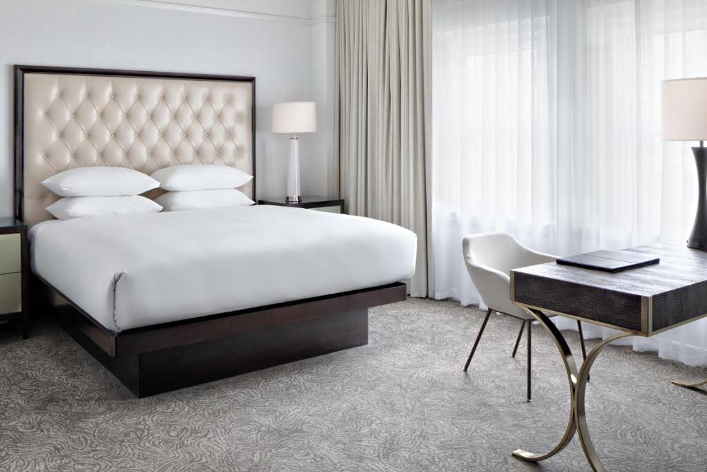 Amway Grand Plaza Hotel Curio Collection By Hilton Grand Rapids Aktualisierte Preise Fur 2021