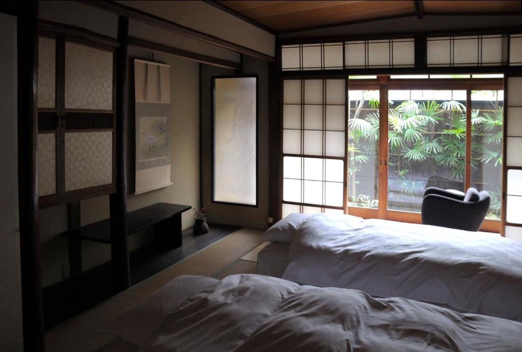 Traditional Kyoto Inn Serving Kyoto Cuisine Izyasu Former Ryokan Izuyasui Kyoto Updated 2021 Prices