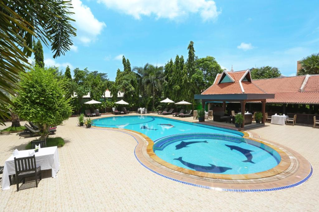 The swimming pool at or near Lucky Angkor Hotel & Spa