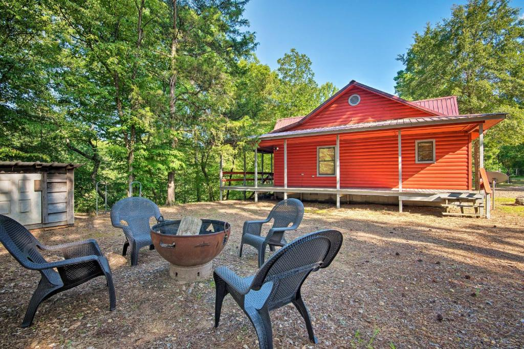 Broken Bow Cabin with Deck on Mountain Fork River!