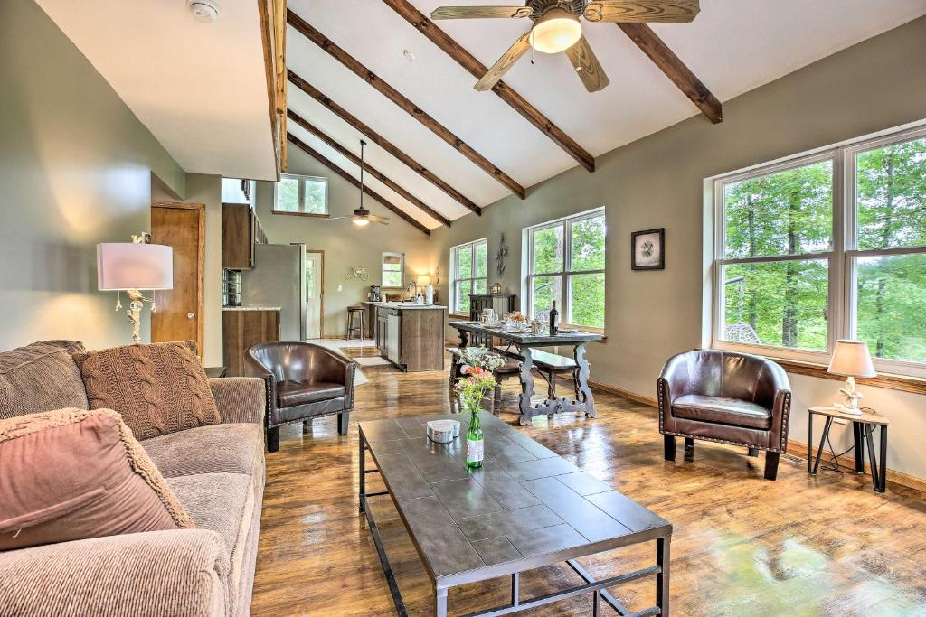 Rogers Cabin with Private Hot Tub & Movie Room!