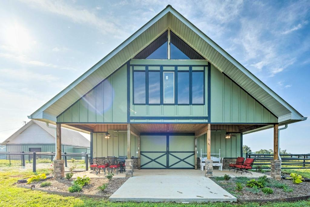 Norris Lake Home With Horse Stable On 140 Acres La Follette Precios 2020 Actualizados