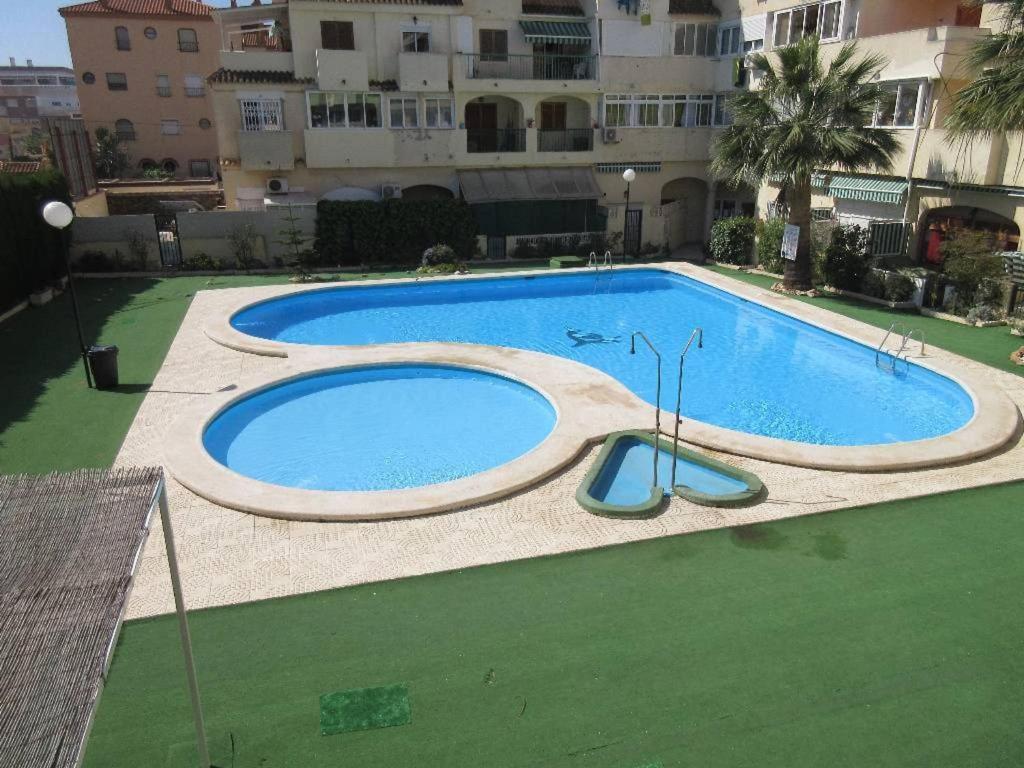 Villa Duplex 8 Persons Terrace Swimming Pool And Bbq Torrevieja Harga Terkini 2021
